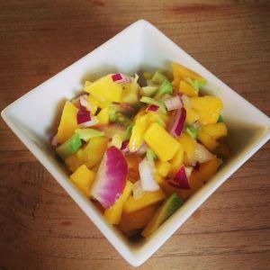 Mango-avocado-rode ui salsa