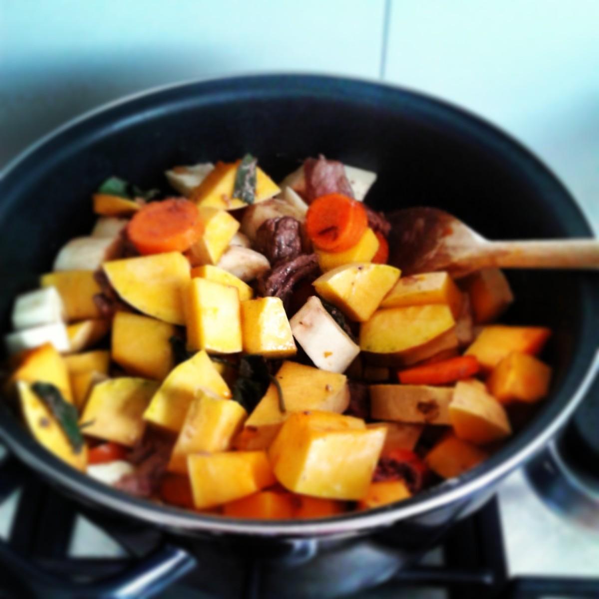 Herfst stoofpot met pompoen & pastinaak a la Jamie Oliver