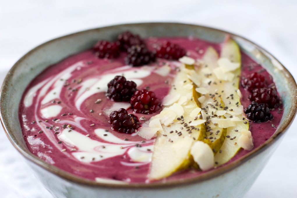 beauty-breakfast-smoothie-bowl-personal-foodcoaching